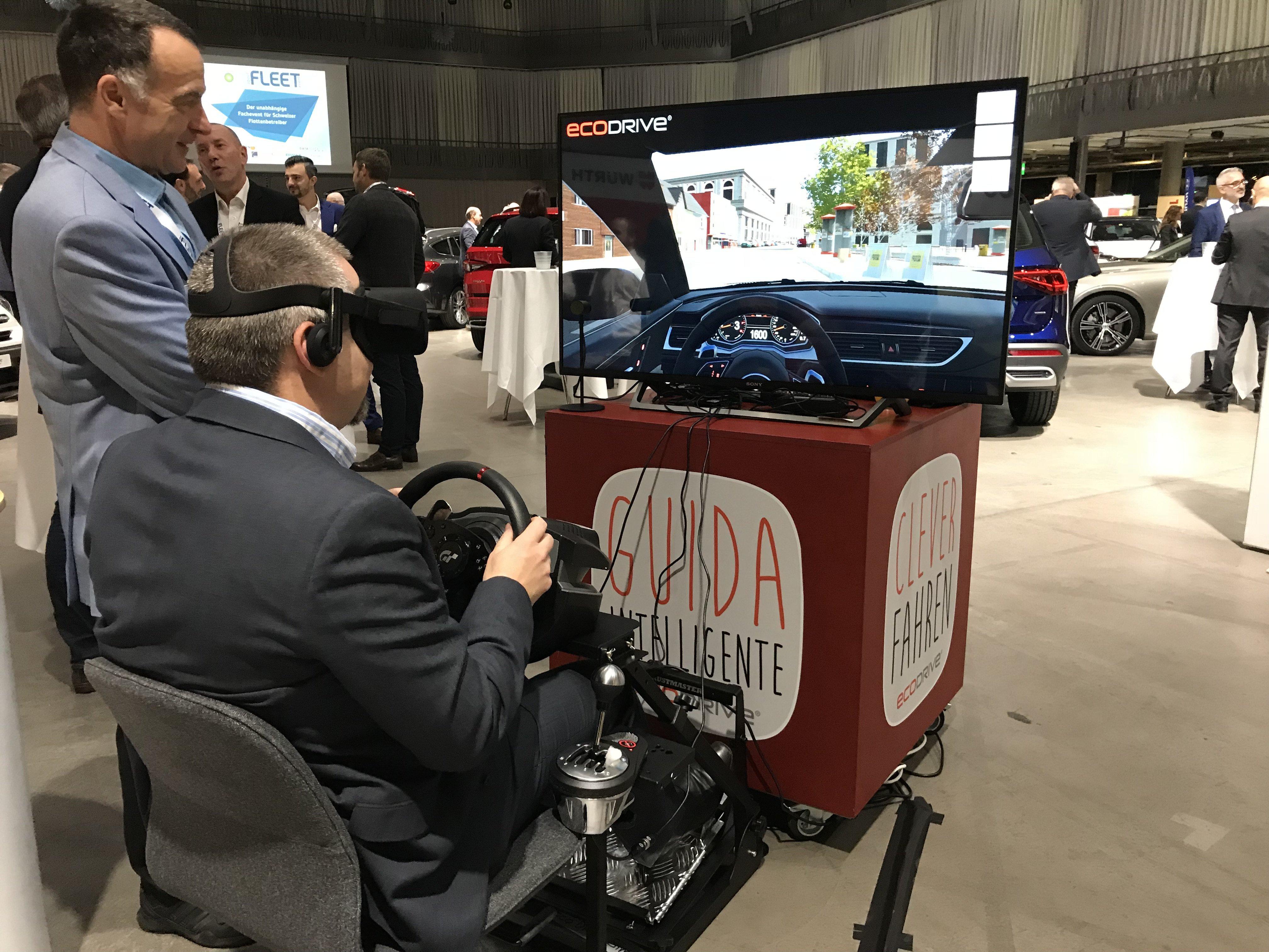 Die Virtual Reality Simulation vermittelt den effizienten EcoDrive-Fahrstil mit modernster Technologie.